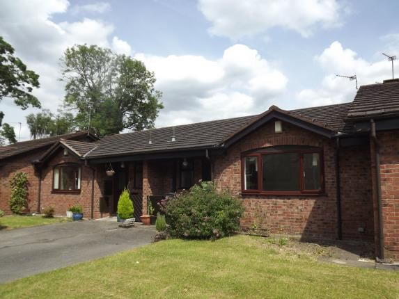 2 bed bungalow for sale in Plumley Close, Davenport, Stockport, Greater Manchester