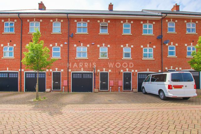 Thumbnail Town house for sale in Peache Road, Colchester