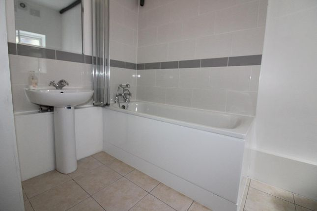 Thumbnail Flat to rent in Canbury Park Road, Kingston Upon Thames