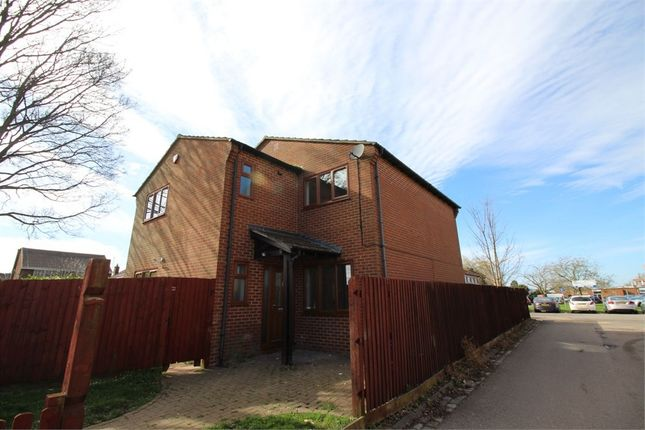 Thumbnail Detached house to rent in Whalley Drive, Bletchley, Milton Keynes, Buckinghamshire