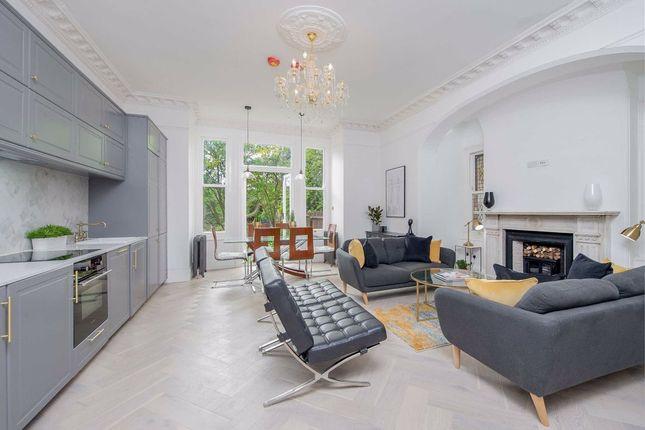 Thumbnail Flat to rent in Gordon Road, London