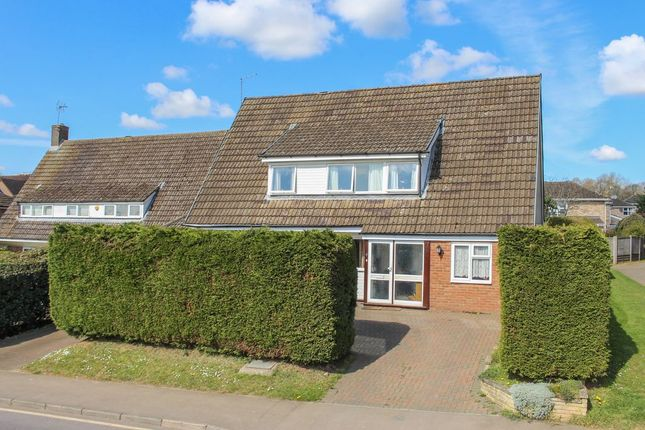 5 bed detached house for sale in Himley Green, Leighton Buzzard LU7