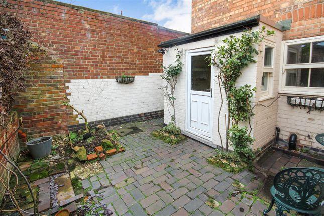 winchester terrace sherwood nottingham ng5 2 bedroom