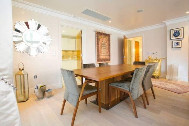 Thumbnail Flat to rent in Hodford Road, London