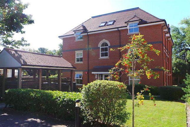 Thumbnail Flat to rent in Chalford Grange, Fareham