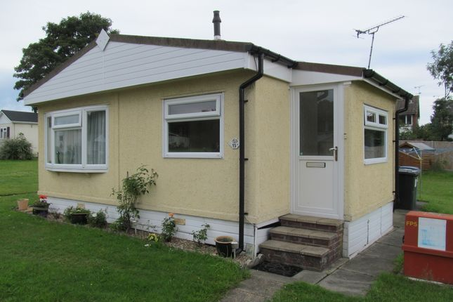 Thumbnail Mobile Park Home For Sale In Blackbushe Dungells Lane Ref 5562