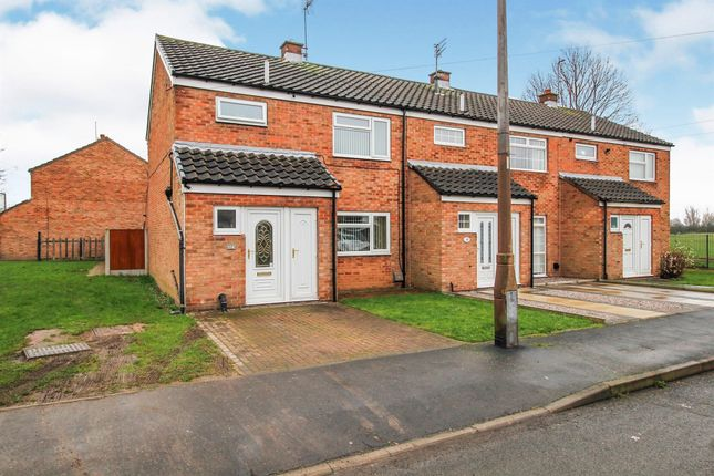 Thumbnail Property to rent in Wike Gate Road, Thorne, Doncaster