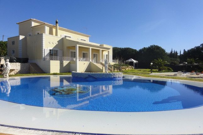 4 bed villa for sale in Carvoeiro, Lagoa, Portugal