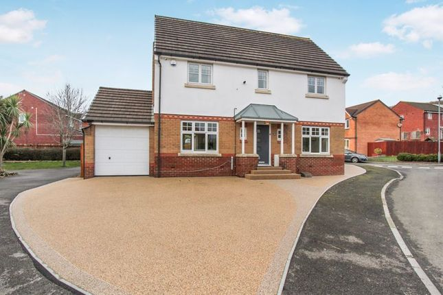 4 bed detached house for sale in Cwlwm Cariad, Barry CF63