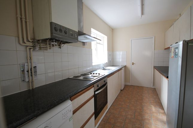 Thumbnail Terraced house to rent in Harrow Road, West End, Leicester