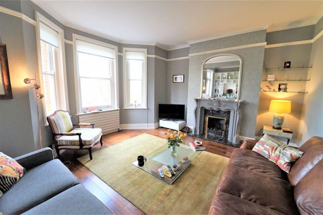 Thumbnail Flat to rent in Grantully Road, London