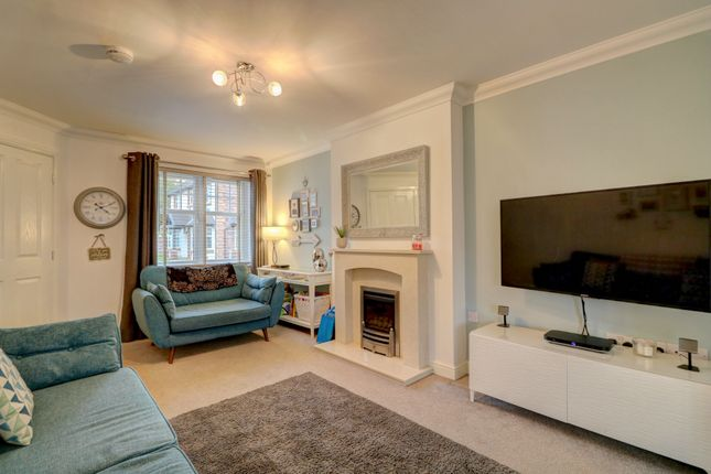 Living Room of Gullane Drive, Dumfries DG1