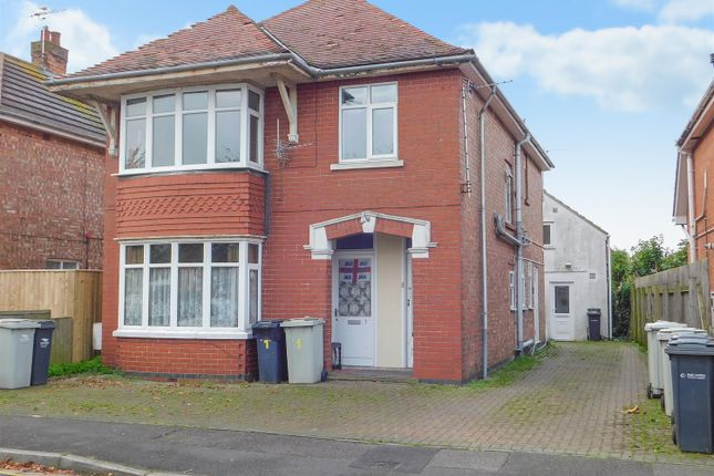 Block of flats for sale in Lawn Avenue, Skegness