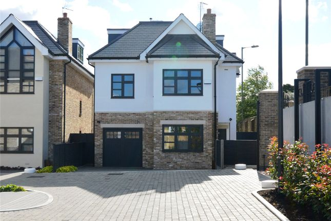 Thumbnail Detached house for sale in East End Road, London