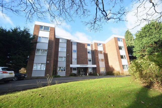 2 bed flat for sale in New Bedford Road, Luton