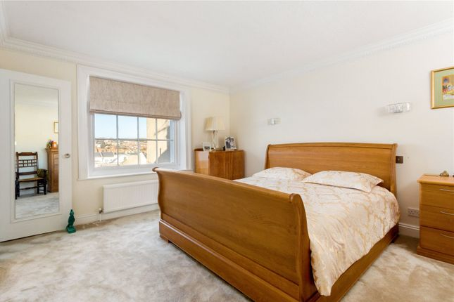 Picture No. 54 of Arundel Terrace, Brighton, East Sussex BN2