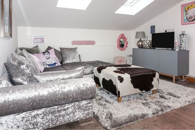 Thumbnail Flat for sale in Glebe Close, Blackpool