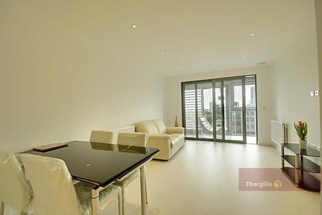 Thumbnail Flat to rent in Ealing Road, Brentford, London