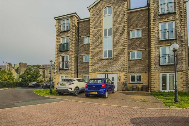 2 bed flat for sale in Acre Park, Bacup OL13