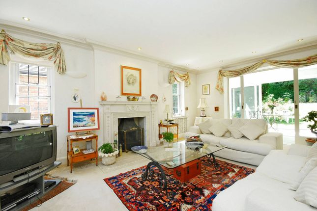 Thumbnail Detached house to rent in Cedars Close, Hendon, London