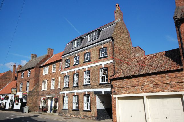 Thumbnail Flat for sale in Westgate, Louth