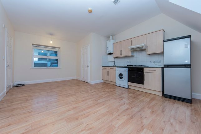 1 bed flat to rent in Uplands Close, Woolwich Arsenal, London