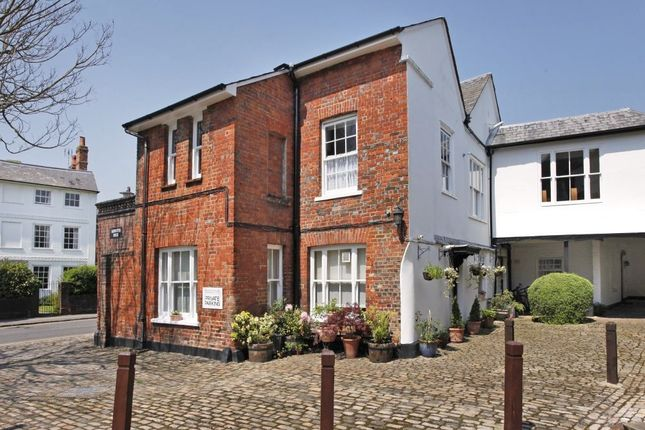 Thumbnail Flat to rent in Church Street, Old Amersham, Buckinghamshire