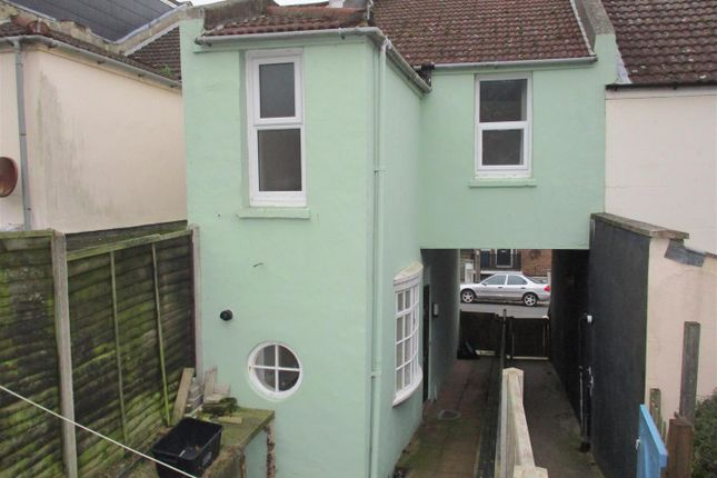 Thumbnail Terraced house to rent in St. Georges Road, Hastings