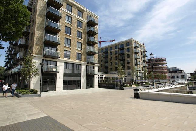 2 bed flat for sale in Faulkner House, Parrs Way, Hammersmith