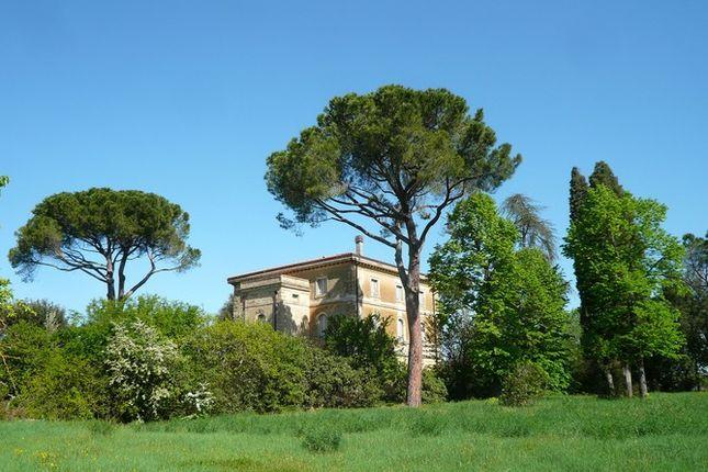 Angle of Villa Bigi, Pozzuolo, Umbria