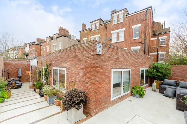 Thumbnail Property to rent in Culverden Road, Balham