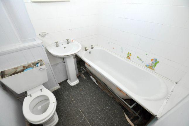 Bathroom of Haylands Square, South Shields NE34