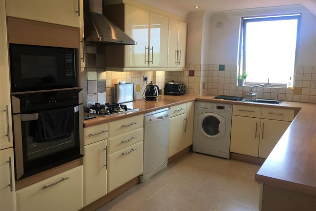 Thumbnail Flat to rent in Rottingdean Place, Falmer Road, Rottingdean, Brighton