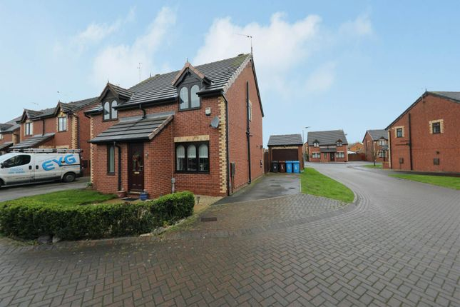 2 bed semi-detached house for sale in Sabina Court, Hull HU8