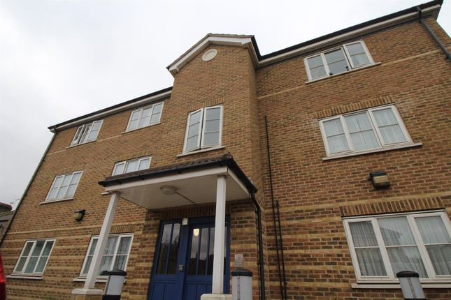1 bed flat for sale in Tristram Drive, London