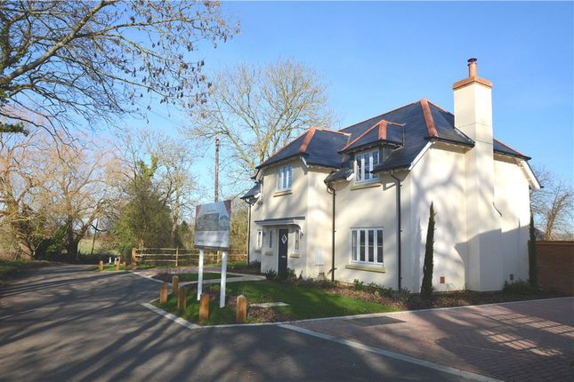 Thumbnail Detached house for sale in Woodhill, Send, Woking