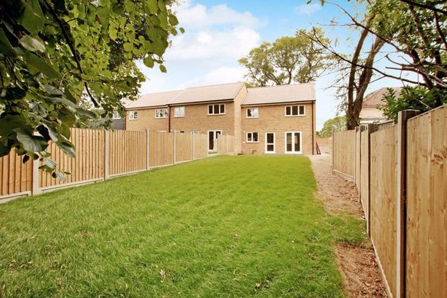 Photo 2 of Fairview Crescent, Rayleigh SS6