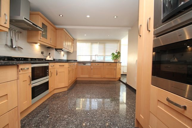 Thumbnail Semi-detached house to rent in Coney Hall Parade, Kingsway, West Wickham
