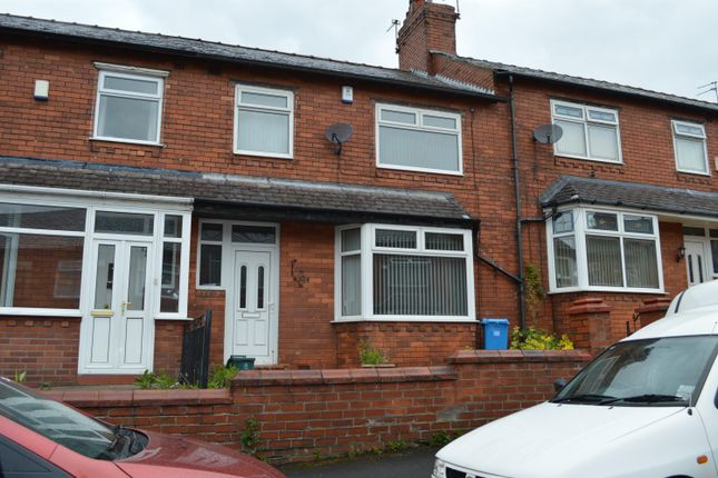 Thumbnail Town house for sale in Cheviot Ave, Coppice, Oldham