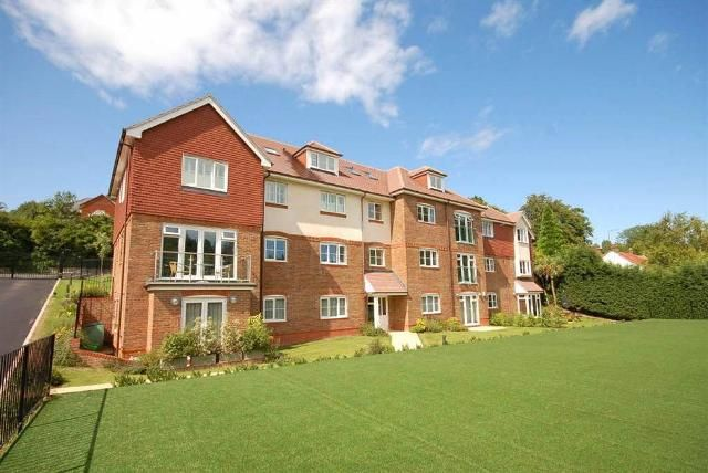Thumbnail Flat to rent in St Monicas Road, Kingswood
