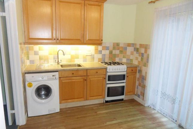2 bed property to rent in Bennett Close, Northwood HA6