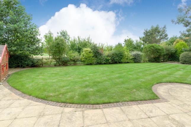 Garden of Prestwick Road, Great Denham, Bedford, Bedfordshire MK40