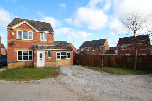Thumbnail Detached house for sale in Lathkill Court, North Wingfield, Chesterfield