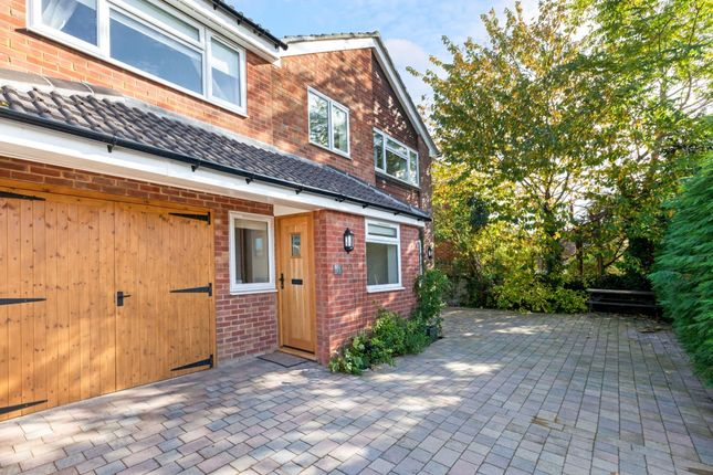 Thumbnail Detached house to rent in The Henrys, Thatcham