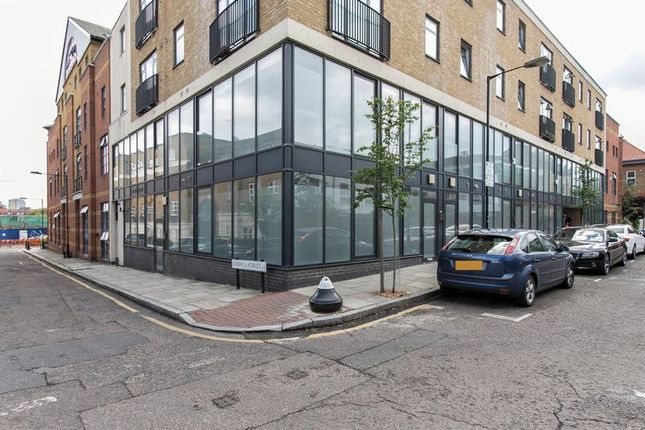 Thumbnail Flat to rent in Bacon Street, London