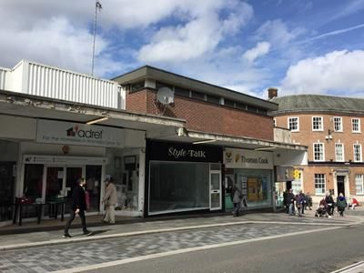 Thumbnail Retail premises to let in 108 Taff Street, Pontypridd, Mid Glamorgan