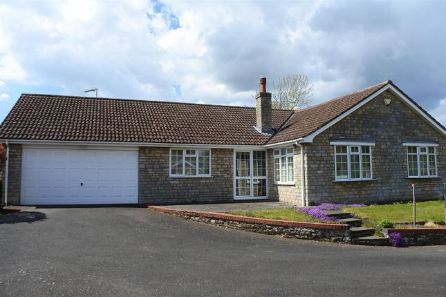 3 bed detached bungalow for sale in Frieston Road, Caythorpe, Grantham NG32