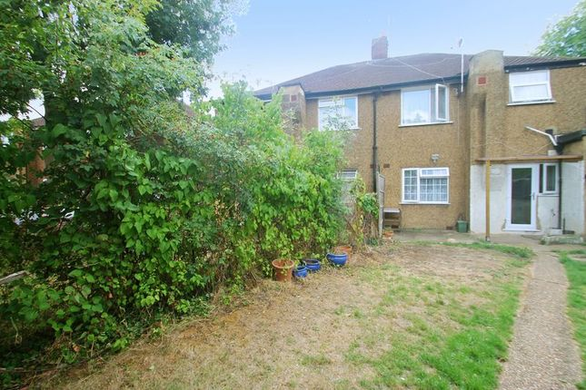 Photo 17 of Millway Gardens, Northolt, Middlesex UB5