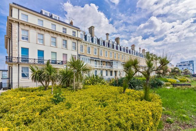 Flat to rent in Heene Terrace, Worthing
