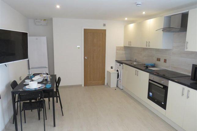 Thumbnail Flat to rent in Alfreton Road, Nottingham
